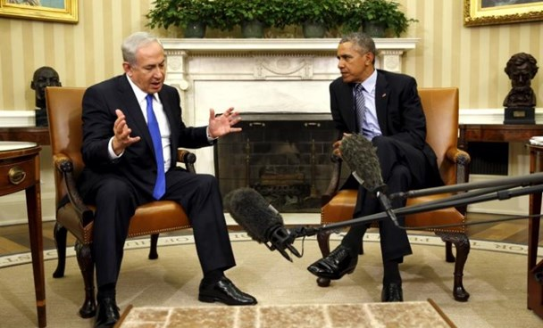 U.S. President Barack Obama meets with Israeli Prime Minister Benjamin Netanyahu in the Oval office of the White House in Washington November 9, 2015.