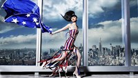 Vietnam model shines in fashion show at New York's tallest building