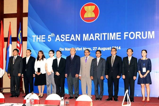 Representatives of the 10 ASEAN member states attend the opening ceremony of the 5th ASEAN Maritime Forum (AMF-5) in Da Nang on August 27. Photo credit: VNA