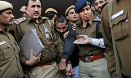 India clamps down on unregistered taxis after Uber rape claim