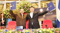 A photo taken on June 14, 2013 shows Chairman Wang Jing (R) of the HK Nicaragua Canal Development Investment Co. Ltd. (HKND Group) and Nicaragua's President Daniel Ortega after a ceremony signing the exclusive commercial agreement to develop the Nicaragua