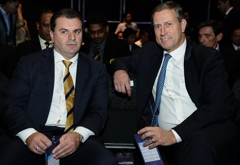 Ange Postecoglo, coach of the Australia national football team (L), and China national football team coach Alain Perrin (R) attend the 2018 FIFA World Cup Russia preliminary qualification round 2 draw ceremony in Kuala Lumpur on April 14, 2015. Photo: AF