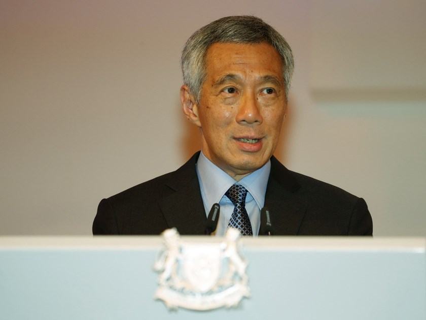 Singapore's Prime Minister Lee Hsien Loong delivers his keynote address of the International Institute for Strategic Studies (IISS) Shangri-La Dialogue in Singapore May 29, 2015. Photo: Reuters/Edgar Su