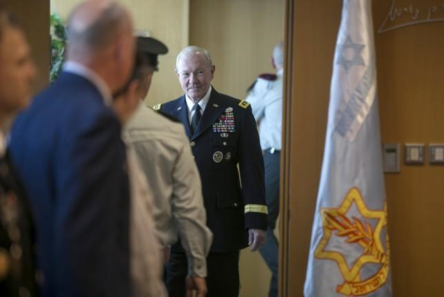 General Martin E. Dempsey, chairman of the Joint Chiefs of Staff, arrives to deliver a statement after a welcoming ceremony in Tel Aviv June 9, 2015. Photo: Reuters/Baz Ratner