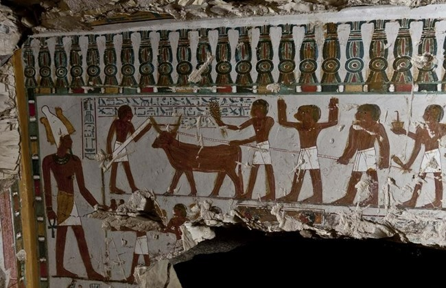 A handout picture released by the Egyptian antiquities authorities on March 3, 2015 shows the inside of a new tomb belonging to Amenhotep, the door-keeper of Amun, one of the powerful gods in ancient Egypt, that was discovered by the American Research Center's Mission with an Egyptian team of inspectors in the famed temple city of Luxor. Photo: AFP/SCA