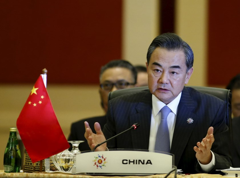 China's Foreign Minister Wang Yi speaks at a China ministerial meeting at the 48th Association of Southeast Asian Nations (ASEAN) foreign ministers meeting in Kuala Lumpur, Malaysia, August 5, 2015. Photo: Reuters/Olivia Harris
