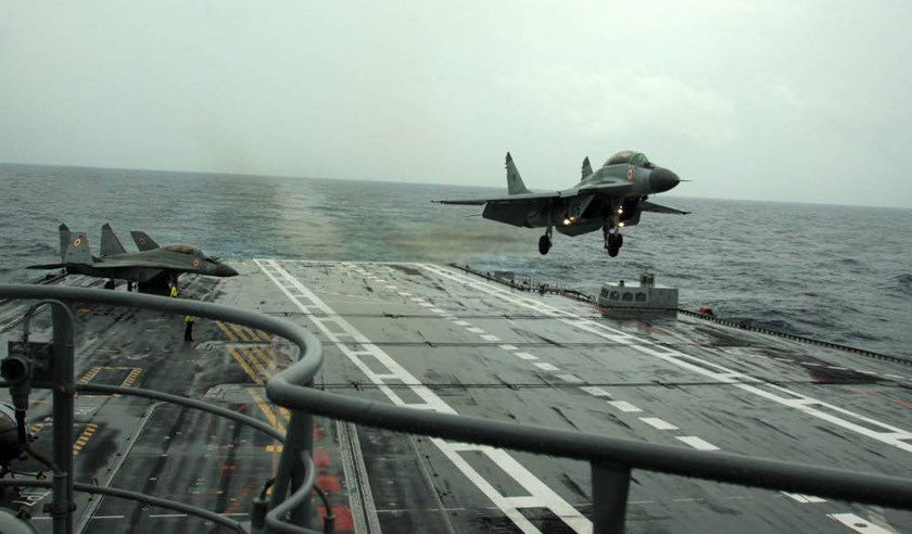 A MiG 29K aircraft lands on INS Vikramaditya. Photo credit: indiannavy.nic.in