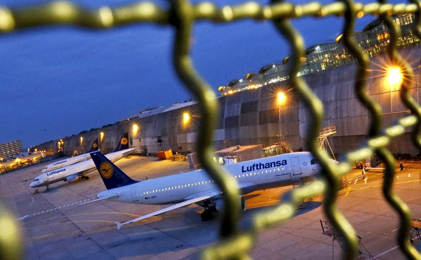 Planes of German air carrier Lufthansa are parked at the Frankfurt Airport in Germany, September 9, 2015. Lufthansa failed in a legal bid to halt a pilot strike planned for Wednesday which has resulted in about 1,000 flights being cancelled, as the airline's dispute with crews escalated. Photo: Reuters/Kai Pfaffenbach