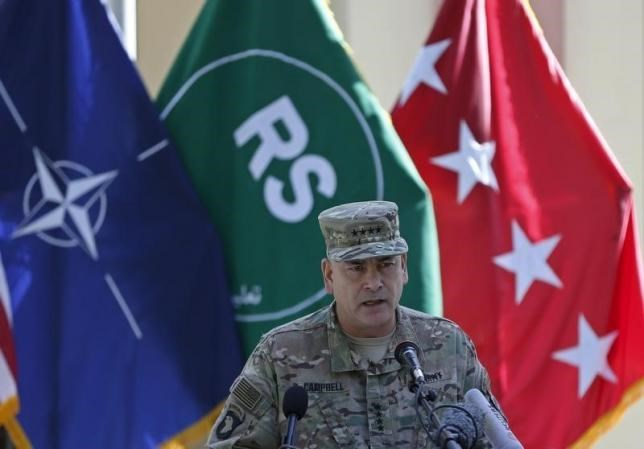 U.S. General John Campbell, commander of NATO-led International Security Assistance Force (ISAF), speaks during a ceremony to commemorate Memorial Day in Kabul, May 25, 2015. Photo:Reuters/Omar Sobhani/Files