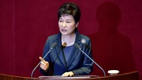 South Korean President Park Geun-Hye delivers an annual budget address at the National Assembly in Seoul on October 27, 2015. Photo: AFP/Jung Yeon-Je