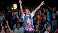 Myanmar's Suu Kyi vows to call shots after election landslide