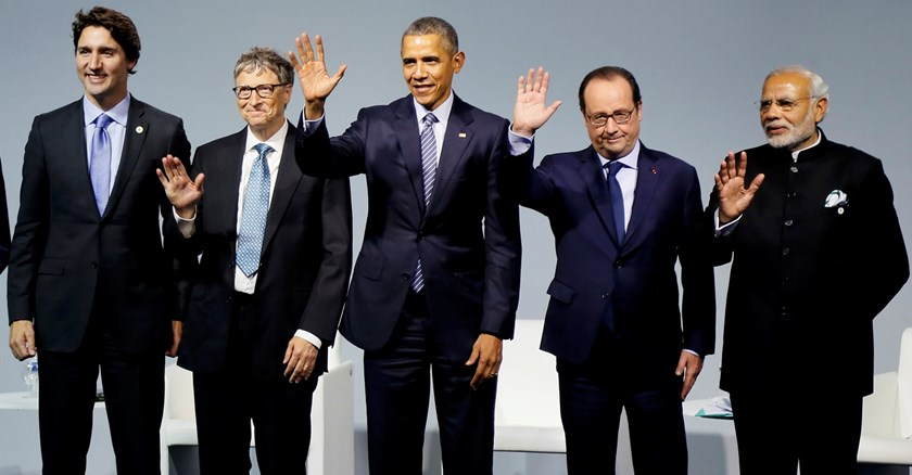 (L-R) Canadian Prime Minister Justin Trudeau, Microsoft co-founder Bill Gates, U.S. President Barack Obama, French President Francois Hollande and Indian Prime Minister Narendra Modi attend a meeting to launch the 'Mission Innovation: Accelerating the Clean Energy Revolution' on the opening day of the World Climate Change Conference 2015 (COP21) at Le Bourget, near Paris, France, November 30, 2015. Photo: Reuters/Ian Langsdon/Pool