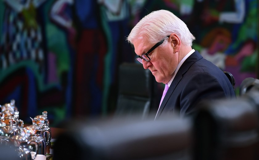German Foreign Minister Frank-Walter Steinmeier waits for the beginning of a weekly meeting of the German cabinet at the Chancellery in Berlin on December 1, 2015. Photo: AFP/John Macdougall