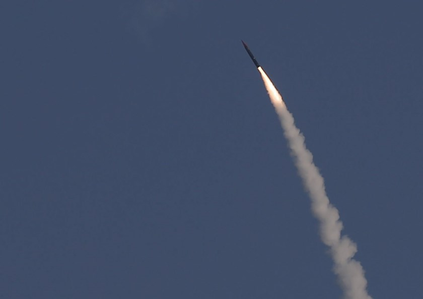 "An ""Arrow 3"" ballistic missile interceptor is seen during its test launch near Ashdod December 10, 2015. Photo: Reuters/ Amir Cohen"