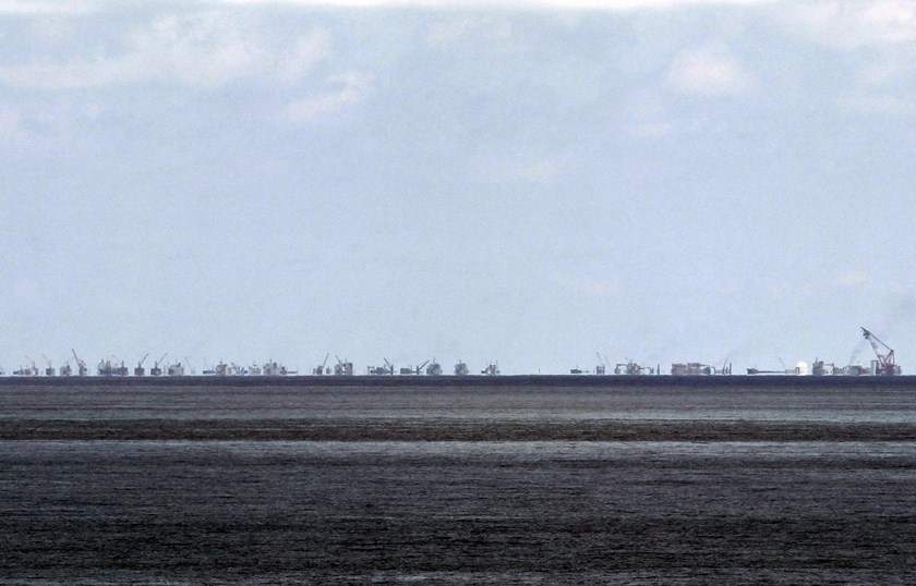 The alleged on-going land reclamation of China at Subi reef is seen from Pagasa island (Thitu Island) in the Spratlys group of islands in the South China Sea, west of Palawan, Philippines, in this May 11, 2015 file photo. Photo: Reuters /Ritchie B. Tongo/Pool/Files