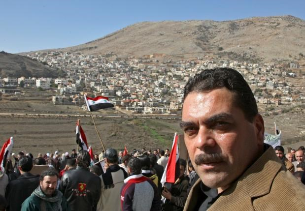 Released Lebanese prisoner Samir Qantar attends a rally at Ain al-Tineh village on the Syrian side in the Golan Heights in front of Majdal Shams village, in the Israeli-occupied area in the 1967 war, in this November 24, 2008 file photo. Photo: Reuters/Khaled al-Hariri/Files