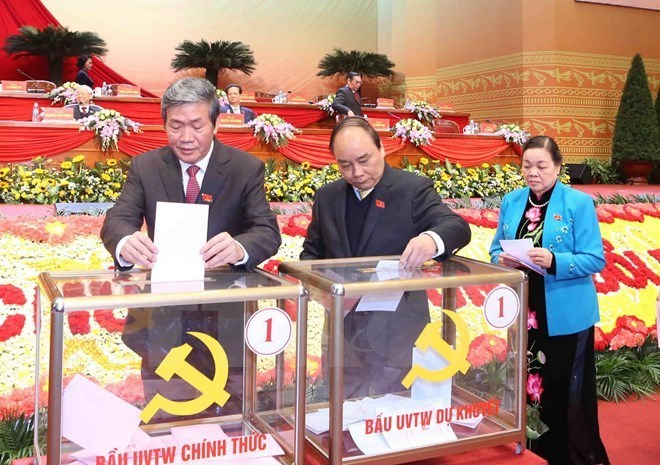 Leaders of the Party and State, and delegates cast their vote on members of the 12th Party Central Committee on January 26, 2016. Photo: VNA