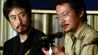 Japanese freelance journalist Junpei Yasuda (L) and human rights activist Nobutaka Watanabe speak at the Foreign Correspondents' Club of Japan in Tokyo April 27, 2004 file photo. Photo: Reuters/Kimimasa Mayama/Files