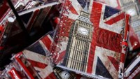 Union flags and the Big Ben clocktower cover notebooks are seen on sale in London, Britain, Thursday December 17, 2015. Photo: Reuters/Luke MacGregor