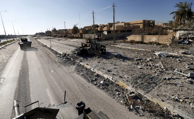 A military vehicle of the Iraqi security forces is driven in the streets of Ramadi, in this January 16, 2016 file photo. Photo: Reuters/Thaier Al-Sudani/Files