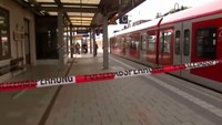 "Knife attacker, shouting ""Allahu Akbar"", kills one at Munich station"