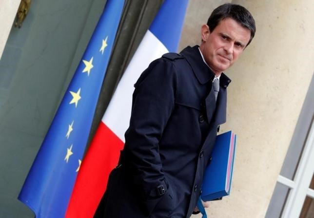 French Prime Minister Manuel Valls leaves the Elysee Palace following the weekly cabinet meeting in Paris, France , June 1, 2016. Photo: Reuters/Philippe Wojazer