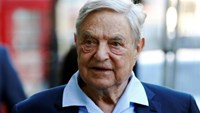 Business magnate George Soros arrives to speak at the Open Russia Club in London, Britain June 20, 2016. Photo: Reuters/Luke MacGregor