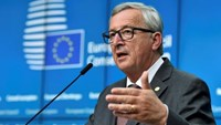 EU Commission President Jean-Claude Juncker addresses a press conference after the EU Summit in Brussels, Belgium, June 28, 2016. Photo: Reuters/Eric Vidal