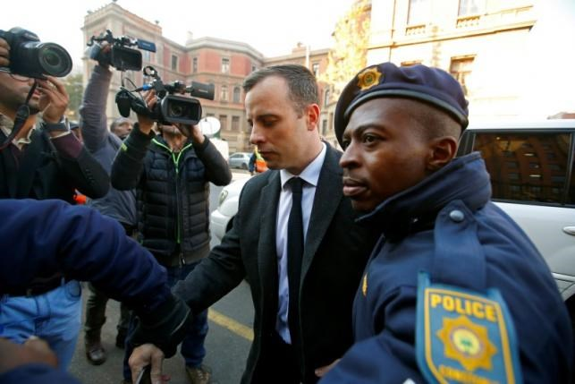 Olympic and Paralympic track star Oscar Pistorius arrives for sentencing at the North Gauteng High Court in Pretoria, South Africa, July 6, 2016. Photo: Reuters/Mike Hutchings - RTX2JW6M