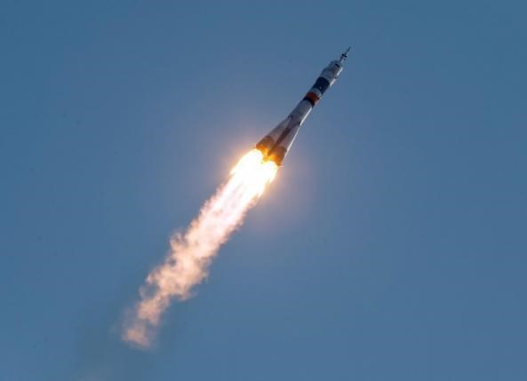 The Soyuz MS spacecraft carrying the crew of Kate Rubins of the U.S., Anatoly Ivanishin of Russia and Takuya Onishi of Japan blasts off to the International Space Station (ISS) from the launchpad at the Baikonur cosmodrome, Kazakhstan, July 7, 2016. Photo: Reuters/Shamil Zhumatov