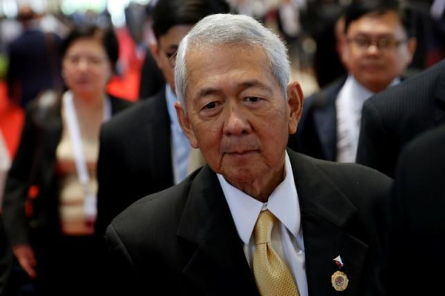 Philippine Foreign Secretary Perfecto Yasay leaves a meeting of the ASEAN foreign ministers meeting in Vientiane, Laos July 26, 2016. Photo: Reuters/Jorge Silva
