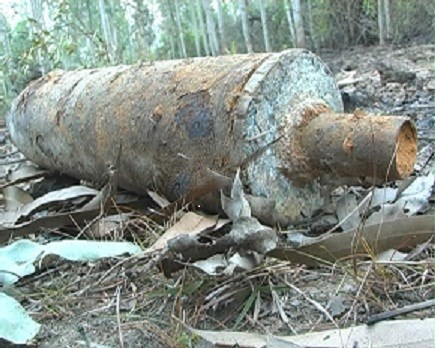 A shell leftover of the Vietnam War found in Quang Ngai Province's Pho Nhon Commune in 2013