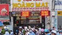 Gold shop owner files complaint against Vietnam metro district
