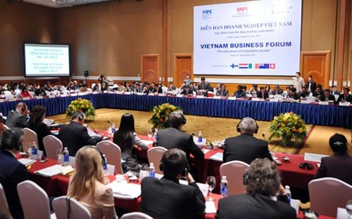 Support for riot victims at top of Vietnam Business Forum agenda