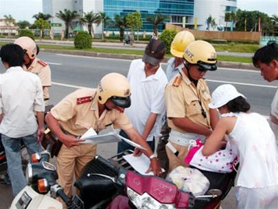 Vietnam police to use random breath tests to prevent drunk driving