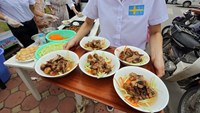 Hanoians go crazy for Swedish-style bun cha