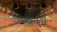 Thu Thiem Tunnel to be closed to motorbikes during fireworks display in HCMC