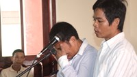 Court upholds death sentence for duo that killed 5 poachers in central Vietnam