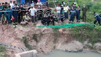 Binh Duong police recover drowned boy's body in sewer