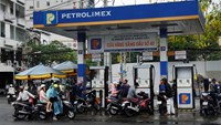 Vietnam's gasoline prices slightly drop, again