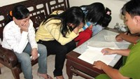 """Chinese man fined for """"picking"""" Vietnamese bride"""