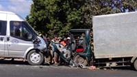 3 injured in Vietnam bus-truck crash