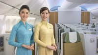 Vietnam Airlines unveils new uniforms for attendants, pilots