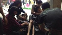Dozens faint allegedly because of suffocation at Hanoi market