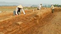 Archaeologists discover Cham relics, prayer rooms at construction site in Vietnam