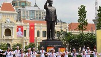 HCMC inaugurates new statue of President Ho Chi Minh