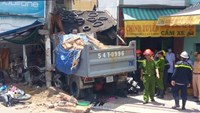 Truck smashes into house, kills 2 in Ho Chi Minh City