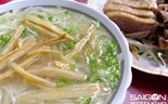 Saigon shop serves the best duck noodle soup, for only one hour every day