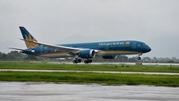 New Dreamliner enters service with Vietnam Airlines