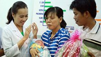 Vietnamese baby released from hospital after miracle recovery from stab attack